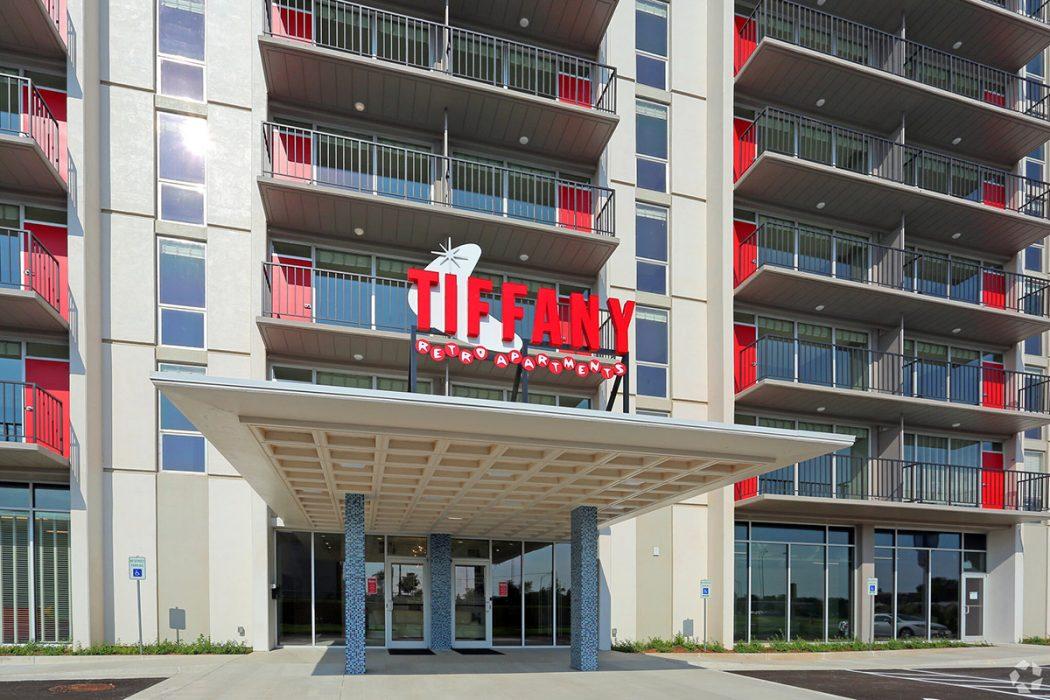 Tiffany Retro Apartments exterior